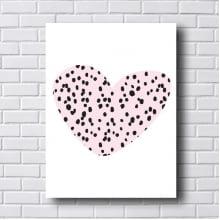 Quadro Decorativo Coração com Pontos Pretos